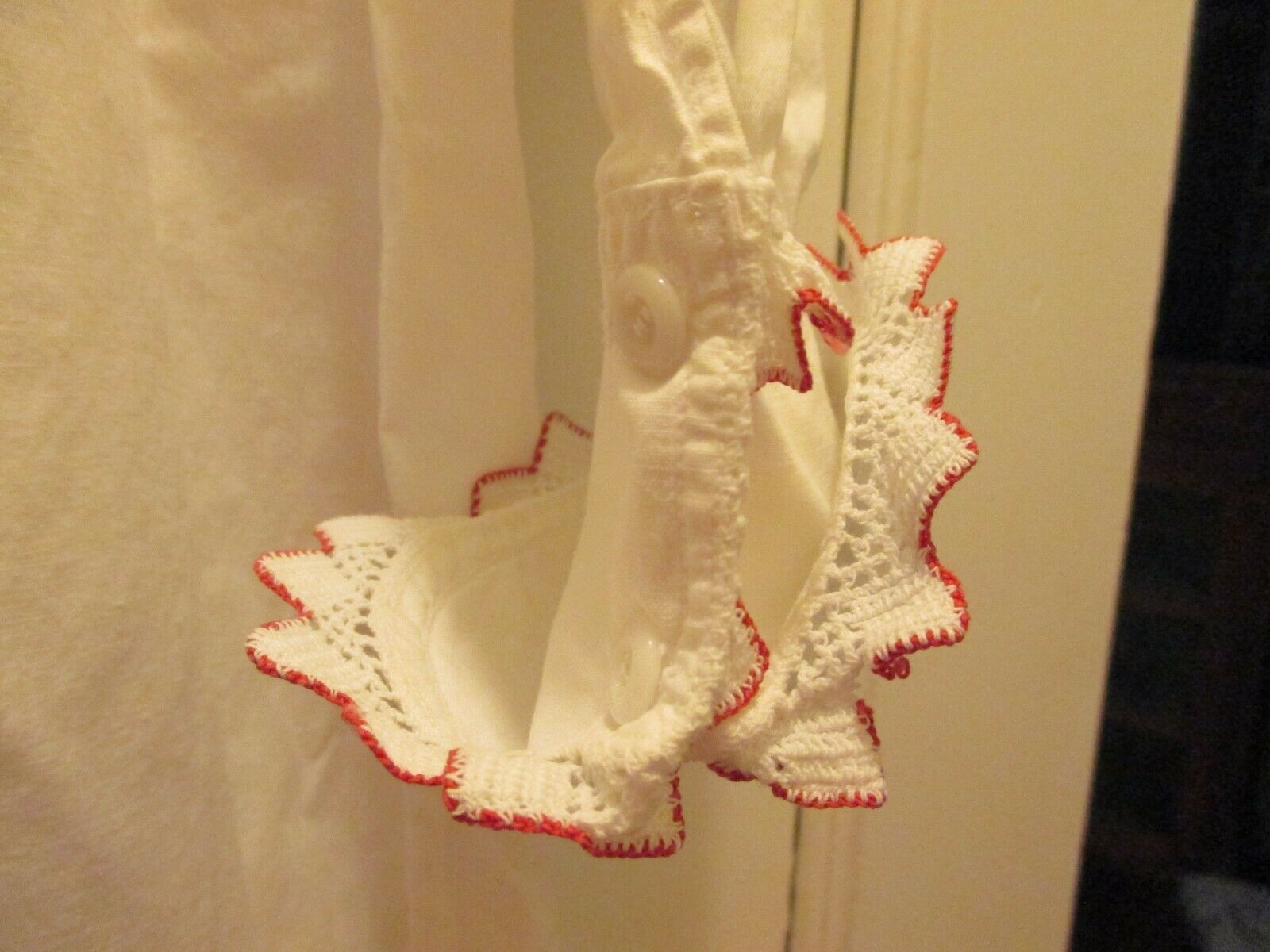 ANTIQUE VICTORIAN EDWARDIAN WHITE NIGHT GOWN RED … - image 4