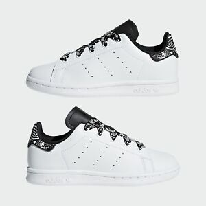scarpe adidas nere stan smith
