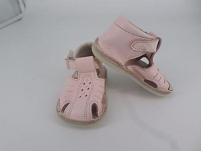Pretty Originals Pink Cut out Detail Leather Shoes UK 2 EU 18 CH02 91