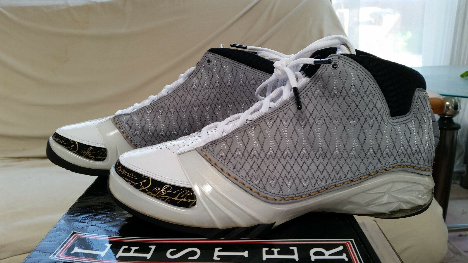 Nike Air Jordan XX3 23 White Stealth 318376 102 Black Grey gold White 2008 DS