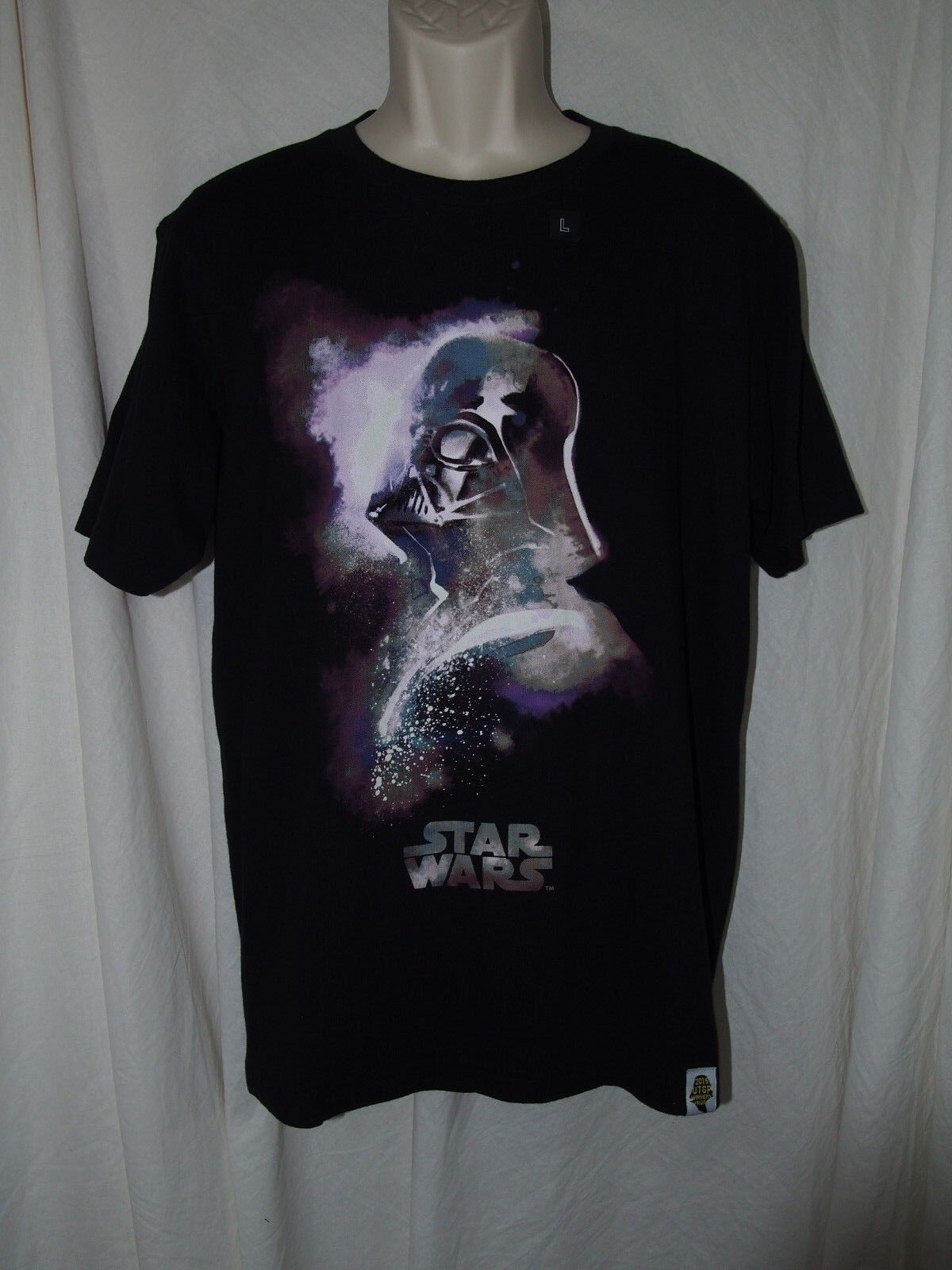 Uniqlo 2015 Grand Prix Star Wars VADER Limited Edition T-shirt Men's size Large