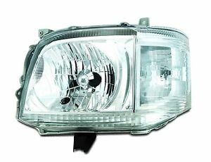 Toyota-Hiace-D4D-van-left-hand-headlight-assembly-brand-new-2010-2013
