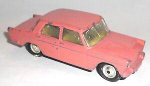 CORGI-Toys-FIAT-2100-1961-65