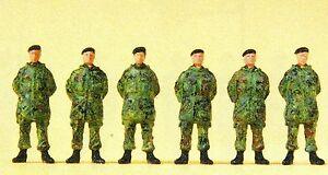SOLDATS-DEBOUT-Parka-BERET-Camouflage-Tachetee-Preiser-Figurines-16840-trace-HO