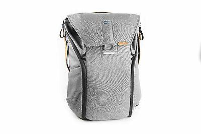New Peak Design Everyday Backpack 20 L