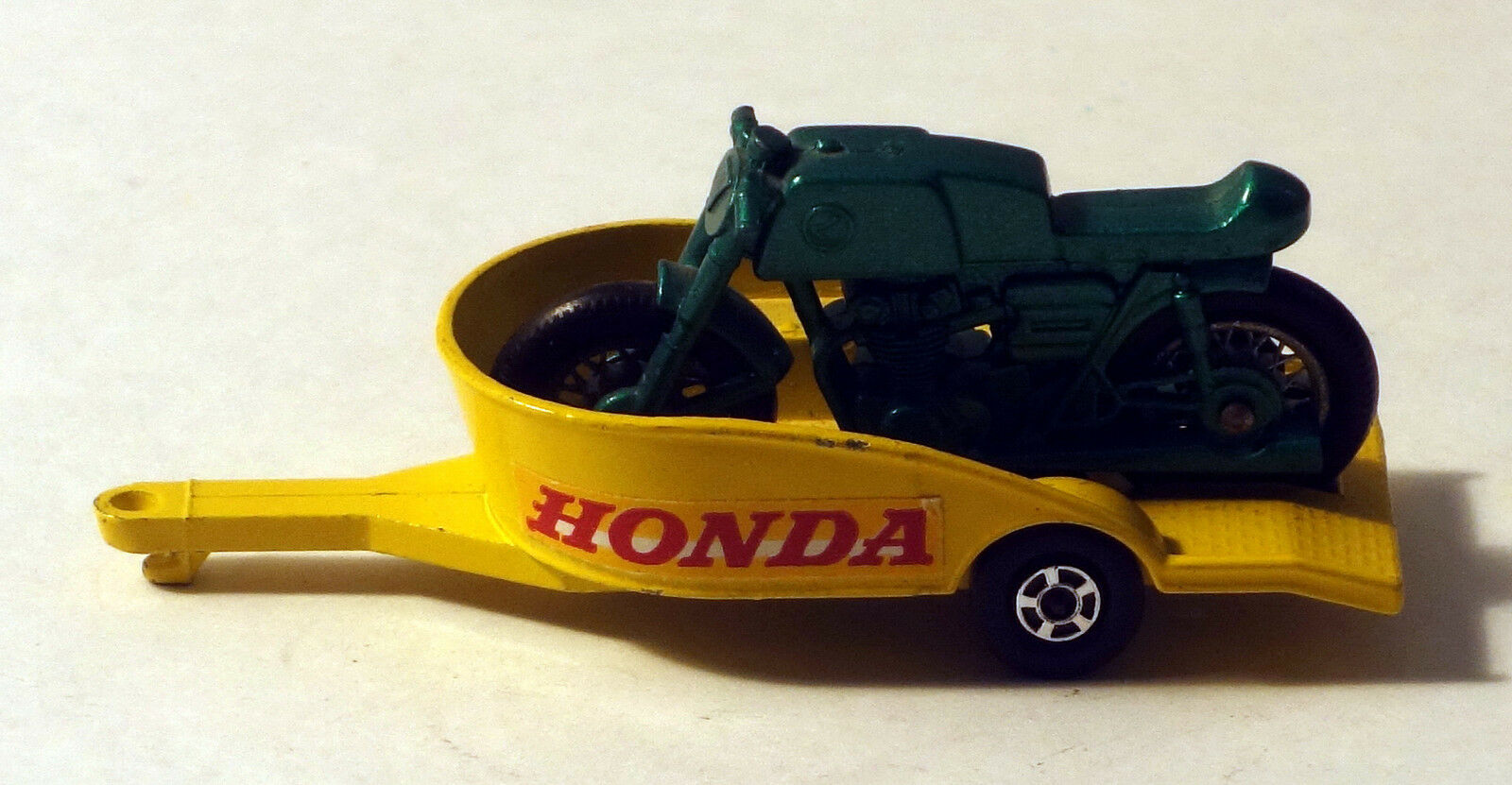 DTE LESNEY MATCHBOX TRANS SUPERFAST 38 HONDA TRAILER W DARK GREEN CYCLE