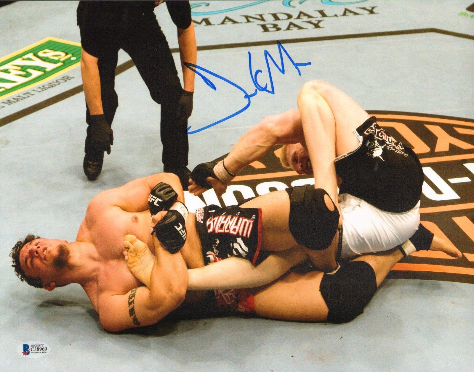 Frank Mir Firmado 11x14 Foto Bas Beckett COA UFC 81 Brock Lesnar Submission 2008
