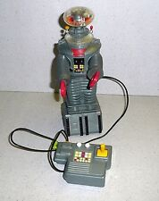 1998 Toy Island LOST IN SPACE ROBOT B-9 Remote Condition Talks & Lights Up NICE!