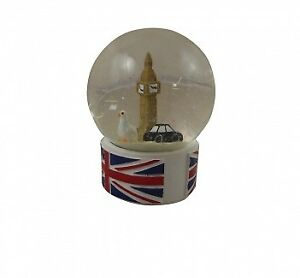 Gisela-Graham-London-Scene-Snowglobe-London-Scene-Christmas-Snowglobe
