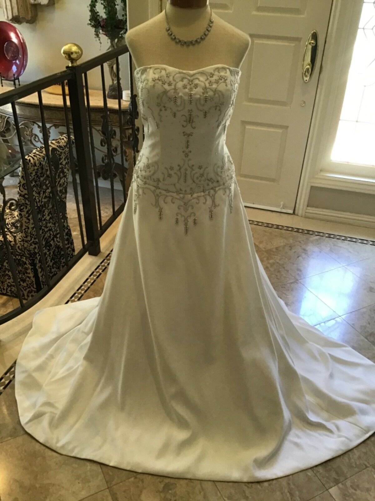 Winnie Couture NEW Wedding dress Bridal gown Diamond Wh 10