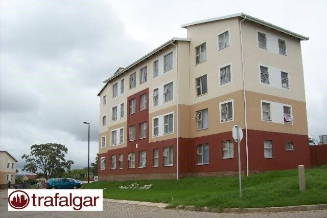 Special Offer! 2 Bed to rent in Social Housing Complex, Sohco.  Do not miss out!