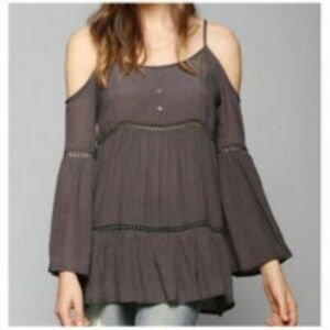 Staring At Stars Urban Outfitters Women's XS Cold Shoulder Bell Sleeve BOHO Top