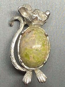 Art-Deco-Silver-tone-Jelly-Belly-Stone-Mouse-Brooch-Lapel-Pin-Vtg-Estate-Jewelry