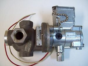 PARKER N3554504549 PNEUMATIC SOLENOID VALVE - USED - FREE SHIPPING