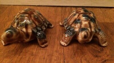 Pottery Professional Sale A Pair Of 'wade' Whimsies Collectable Animals Turtle Tortoises Blue & Brown