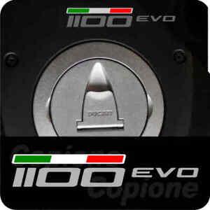 1-Adesivo-DUCATI-MONSTER-per-serbatoio-1100-evo-con-bandierina-tricolore