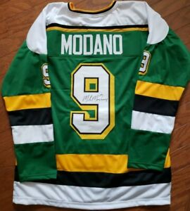 Mike-Modano-Autographed-Custom-Minnesota-North-Stars-Hockey-Jersey-JSA-Witness