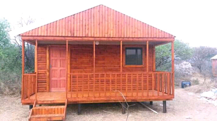 We building wendy house for special price call 0609590879