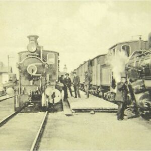 Antique-printed-postcard-Hell-Station-Norway-railway-trains-people