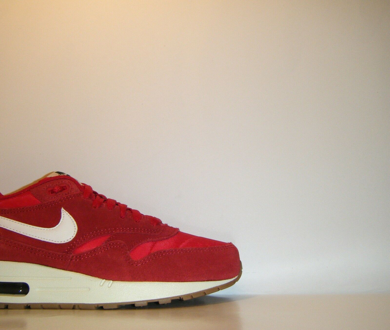 2014 Nike Air Max 1 Essential Premium Red Gum QS Sz. 7.5 OG Day Atmos 537383-611