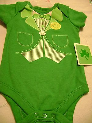 "0//3 MOS. 6//9 MOS NB GIRL/'S ST 3//6 MOS PATRICK/'S DAY /""One Piece/""- SZS - NEW"