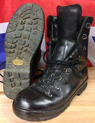 Genuine British Army Extreme Cold Black Leather Gortex Combat Boots, Vibram Sole