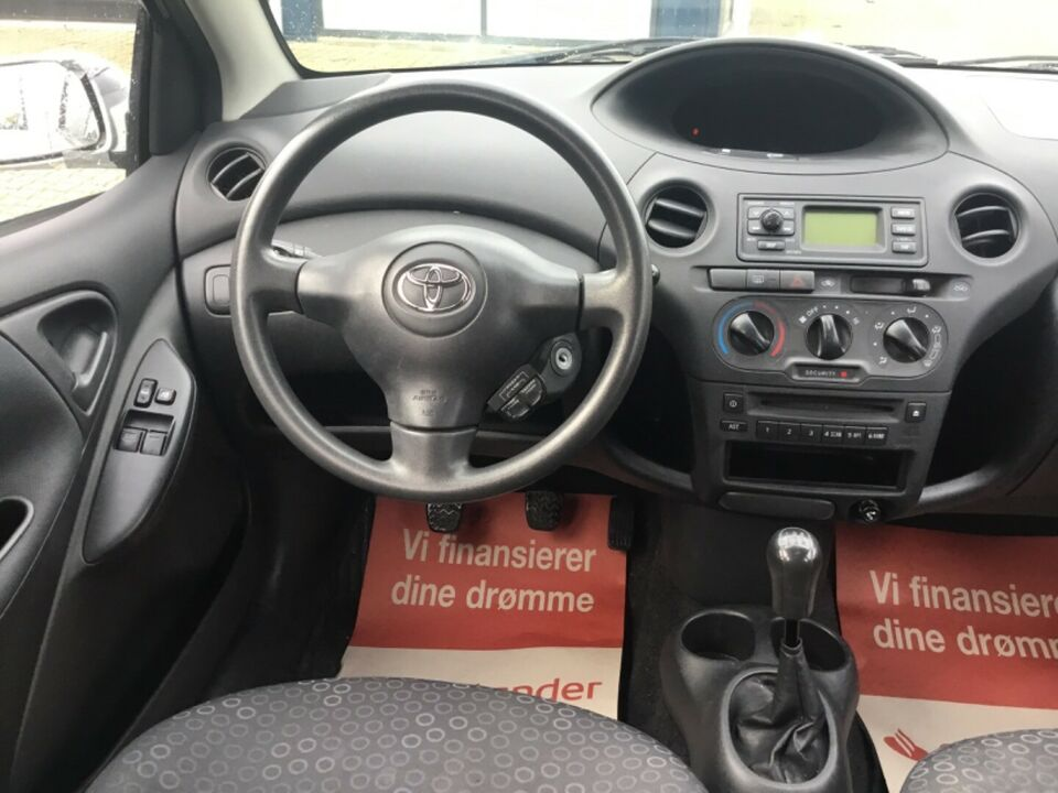 Toyota Yaris 1,4 D-4D Terra komf. Diesel modelår 2004 km