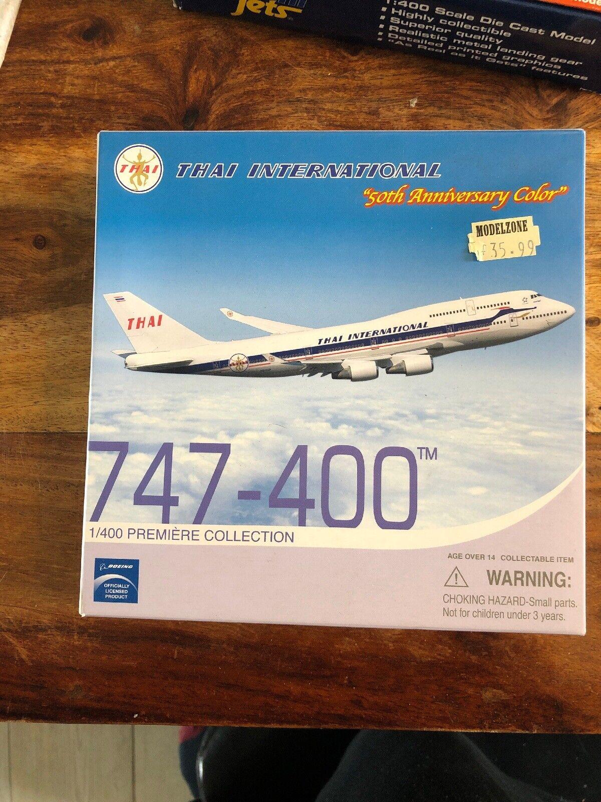 Boeing 747-400  Thaï International 50th Anniversary Coloree1 400