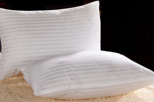 4 or 8 Extra Filled Jumbo Bed Pillows Hotel Quality UK FAST LUXURY Pack of 2