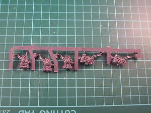 5-Astra-Militarium-Tempestus-Scion-Back-Packs-Bits