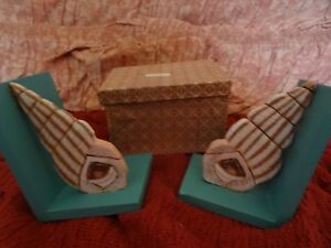 Pair-of-seashell-shaped-turquoise-blue-amp-beige-wooden-bookends