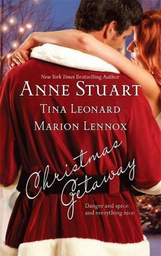 Christmas Getaway.Christmas Getaway Claus And Effect Caught At Christmas Candy Canes And Crossfire By Marion Lennox Tina Leonard And Anne Stuart 2008 Paperback