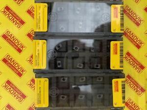 SANDVIK-Lathe-Insert-390R-070204-PM-1130-30-Sheets-Metalworking-F-S-Fr-JPN-W-TRK