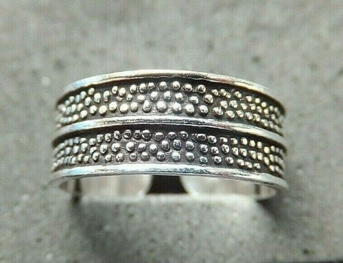 .925 Ring sturdy ring Details about  /SOLID SILVER TOE RING Stripe design *BN* good quality