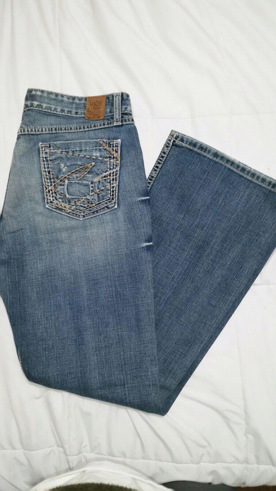 NWOT  BKE Denim Star Stretch Womens Med bluee Distress Jeans Size 31R, 31 x 311 2