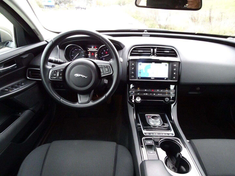 Jaguar XE 2,0 P200 Pure aut. - billede 7