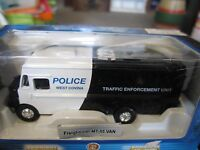 1:87 West Covina California Traffic Unit Police Freightliner Mt-55 Command Post