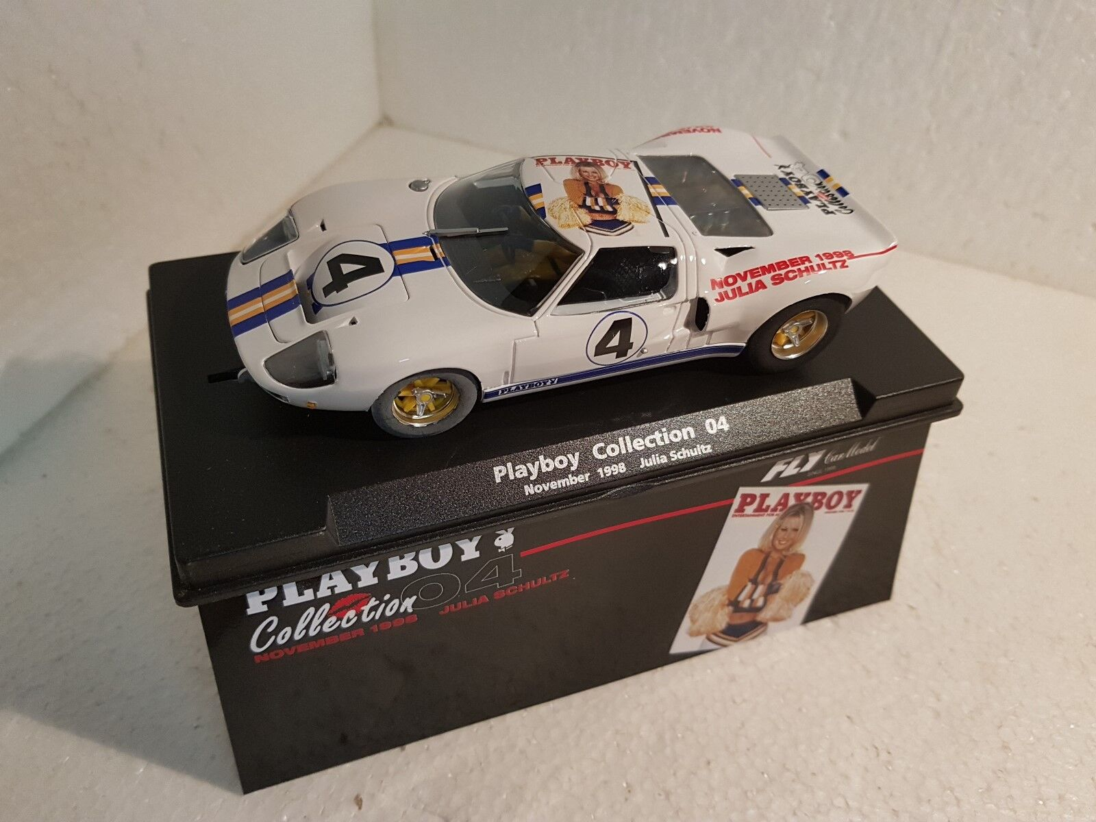 QQ 99047 Fly Ford Gt 40 Play Boy Collection 04 Novembre '88 Julia Schultz