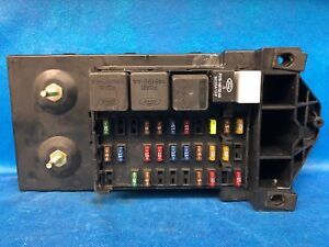 00 2000 ford excursion interior dash fuse box relay. Black Bedroom Furniture Sets. Home Design Ideas