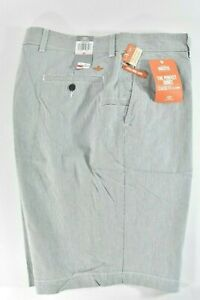 Dockers-Mens-Navy-Gray-Stripe-Shorts-42-x-9-5-New-Classic-Fit-Flat-Front-Stretch