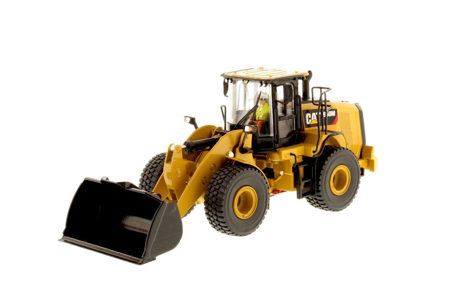 Caterpillar 1 50 scale Cat® 950M Wheel Loader 85914 Diecast Masters