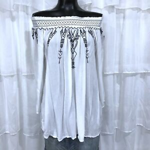 Large-TERRE-BLEUE-White-and-Black-Embroidered-Off-Shoulder-Blouse-Top