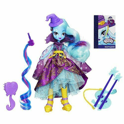 Equestria Girls Trixie Lulamoon Doll with Hair Extension Guitar and Brush