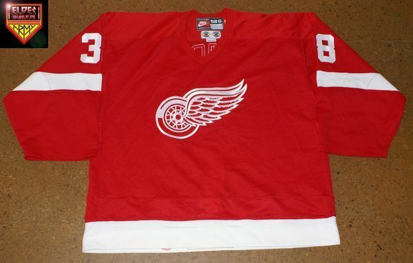 Detroit Red Wings * 98/99 * No. 38 * Norm Maracle * red/away/2nd set (3 games)