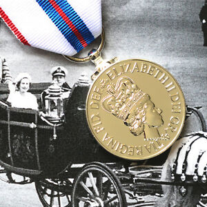 Queen-Elizabeth-II-SILVER-JUBILEE-Medal-FULL-SIZE-British-Made-1977-Award