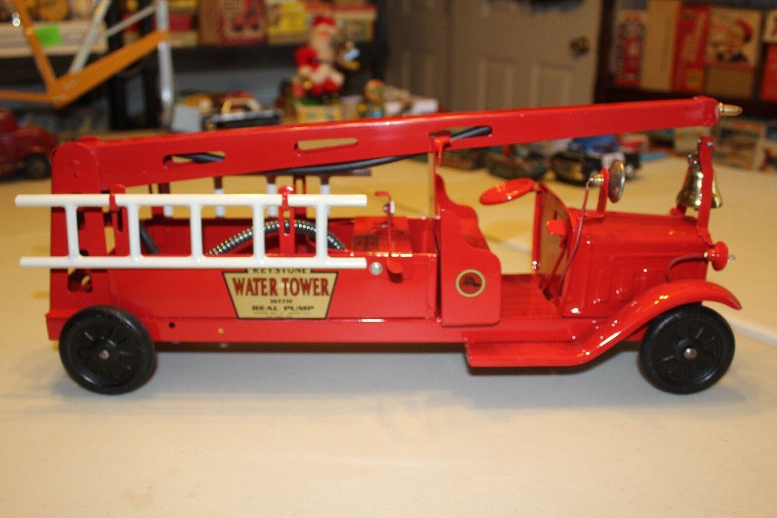 Muy Bonito 1920s30s Keystone Torre De Agua Camión de bomberos con luces de trabajo