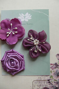 VIOLET-Fabric-Mixed-Designs-3-Flowers-amp-Pearl-Centre-45-50mm-across-Green-Tara