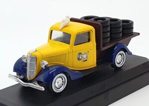 Verem-Diecast-Escala-1-43-V702-Camioneta-Ford-V8-Michelin