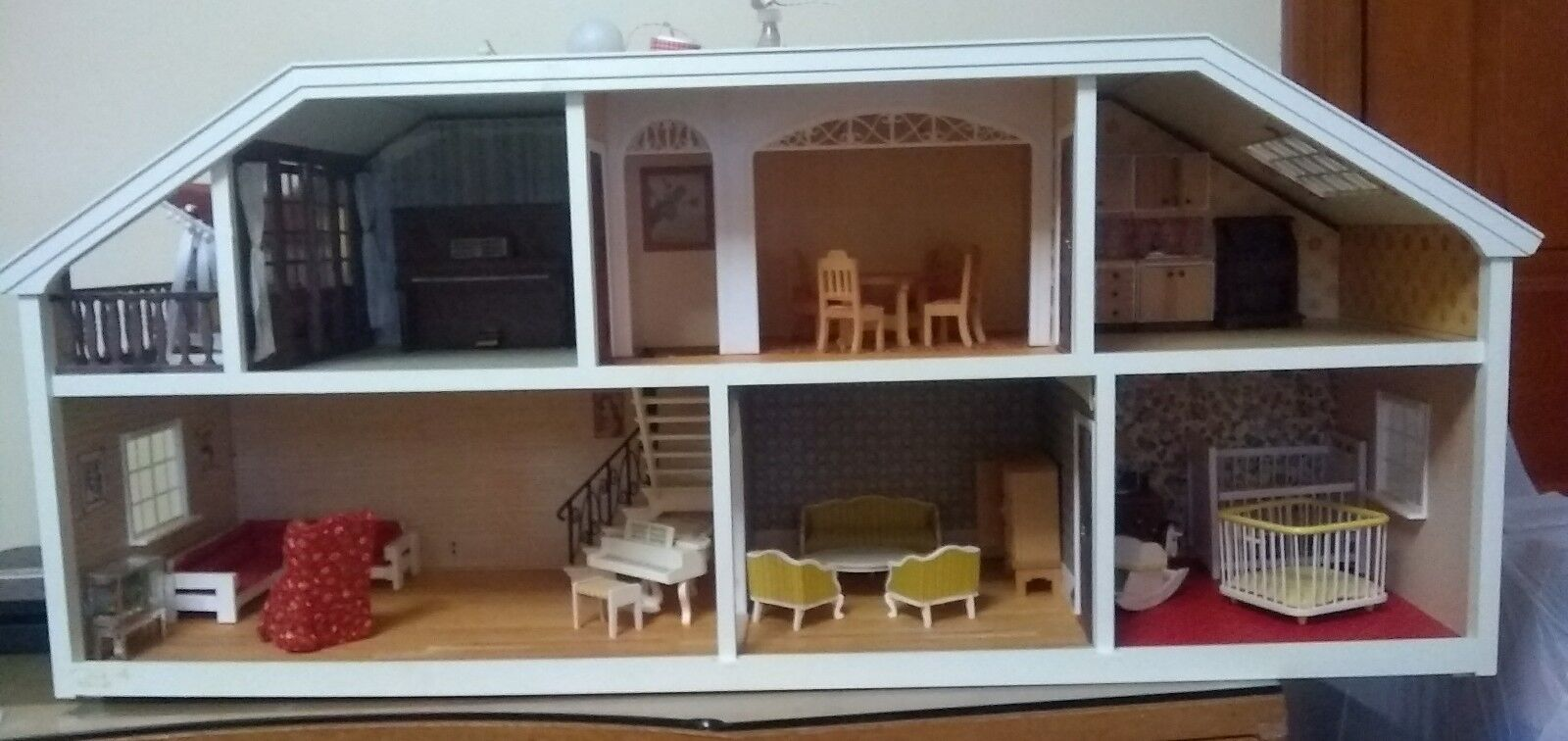Lundby Of Sweden Dollhouse With Accessories.