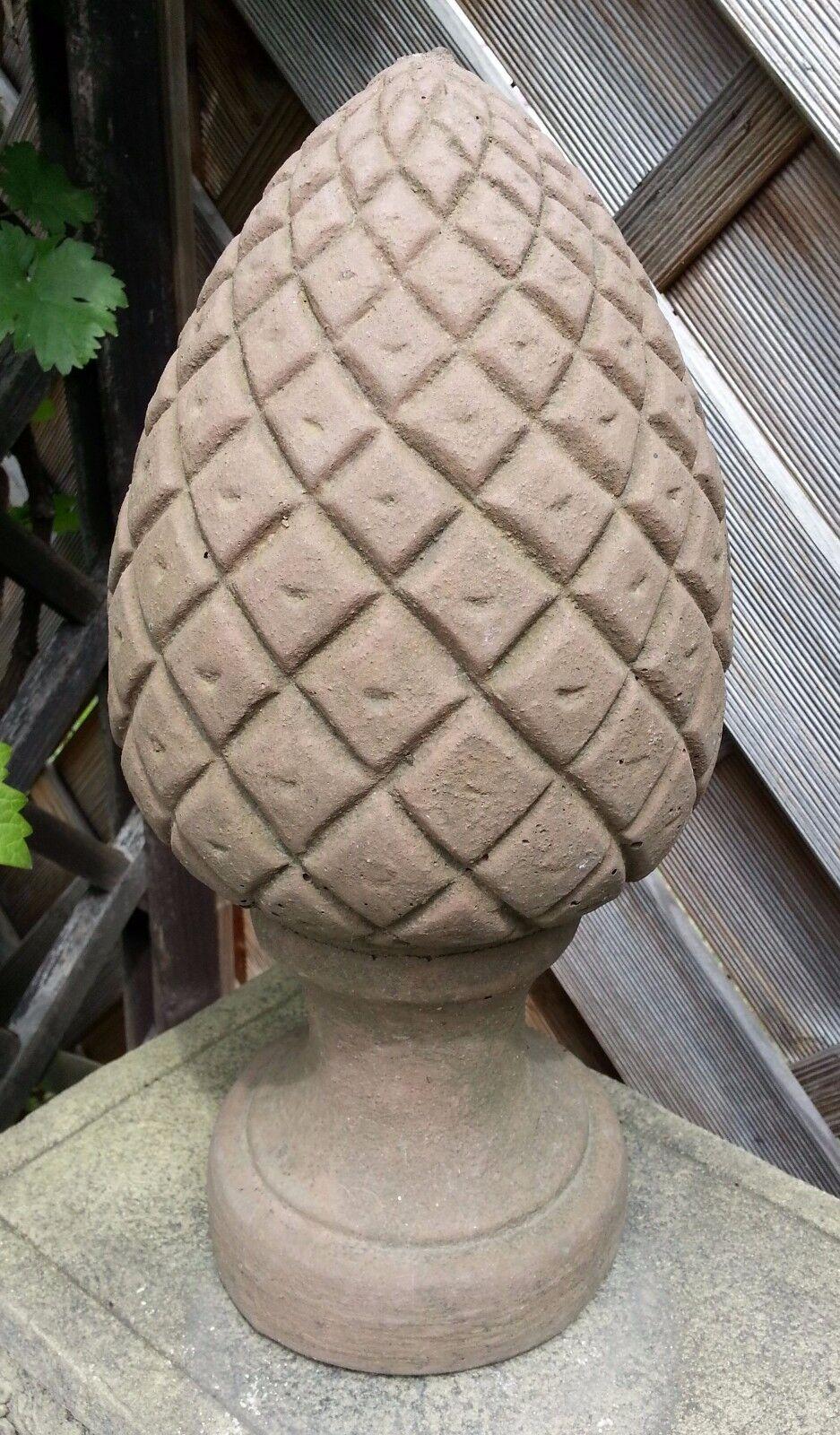Pinie Pinienzapfen Zapfen kl. Wasserspeier Kunst Sandstein Antik Look E 04 ROT